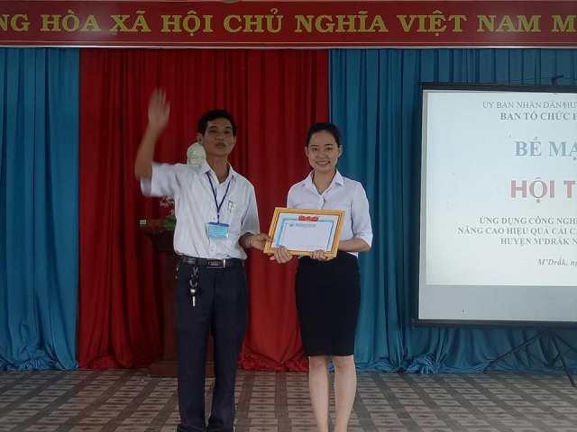 Hội thi Ứng dụng công nghệ thông tin nâng cao hiệu quả cải cách hành chính huyện M'Đrắk năm 2018
