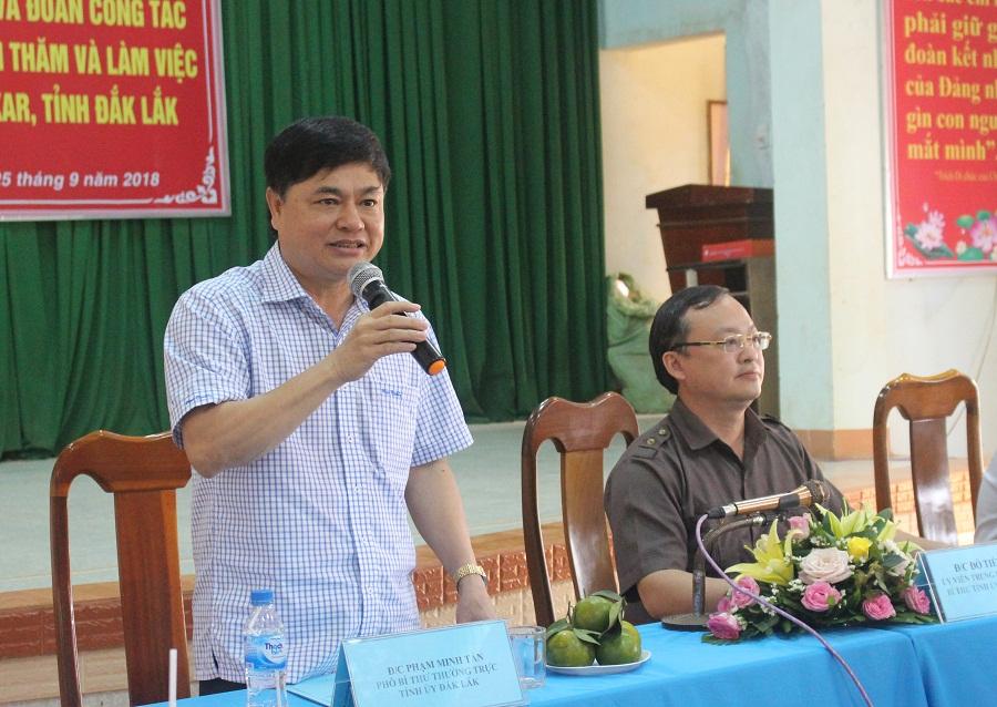 Đoàn công tác của Tỉnh ủy Hưng Yên thăm và làm việc tại xã Xuân Phú, huyện Ea Kar