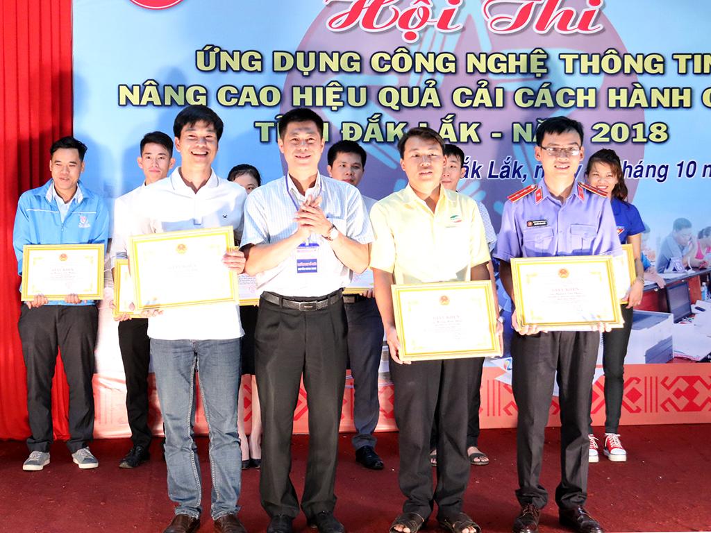 Bế mạc Hội thi ứng dụng công nghệ thông tin nâng cao hiệu quả cải cách hành chính tỉnh Đắk Lắk năm 2018