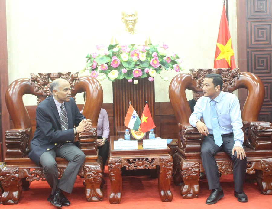UBND tỉnh chào xã giao Đoàn Đại sứ quán Ấn Độ tại Việt Nam