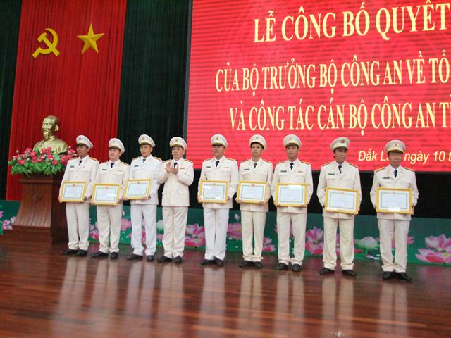 Công an tỉnh Đắk Lắk công bố quyết định của Bộ Công an về tổ chức bộ máy