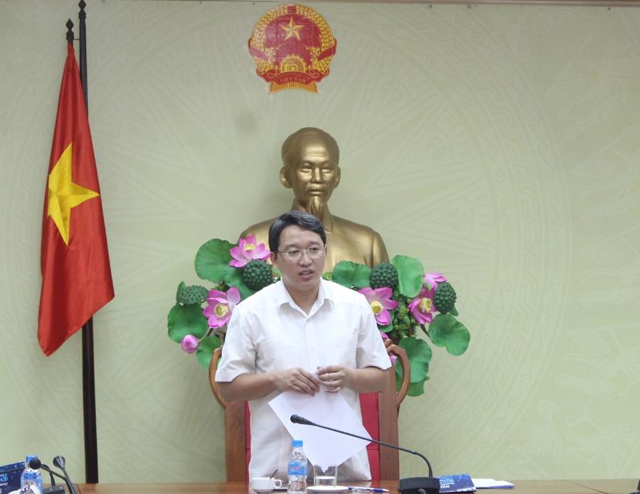 Ông Nguyễn Hải Ninh - Ủy viên dự khuyết Trung ương Đảng, Phó Chủ tịch Thường trực UBND tỉnh, Trưởng Ban Tổ chức Cuộc thi phát biểu tại cuộc họp