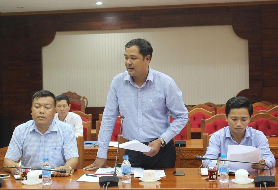 Ông Y Nhuân Byă – Bí thư Tỉnh đoàn thảo luận ý kiến tại cuộc họp