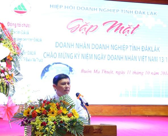 Phó Chủ tịch UBND tỉnh Nguyễn Tuấn Hà phát biểu tại buổi gặp mặt