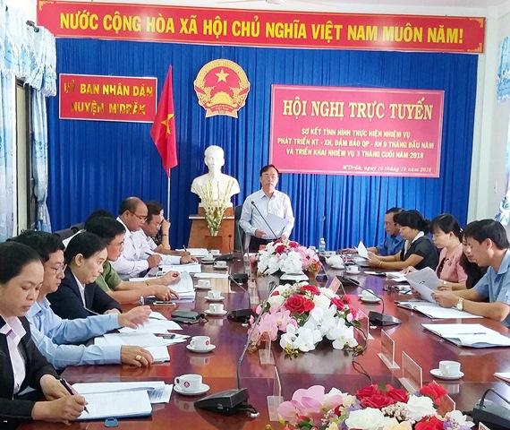 UBND huyện M'Đrắk: Hội nghị trực tuyến sơ kết công tác 9 tháng đầu năm và triển khai công tác 3 tháng cuối năm 2018