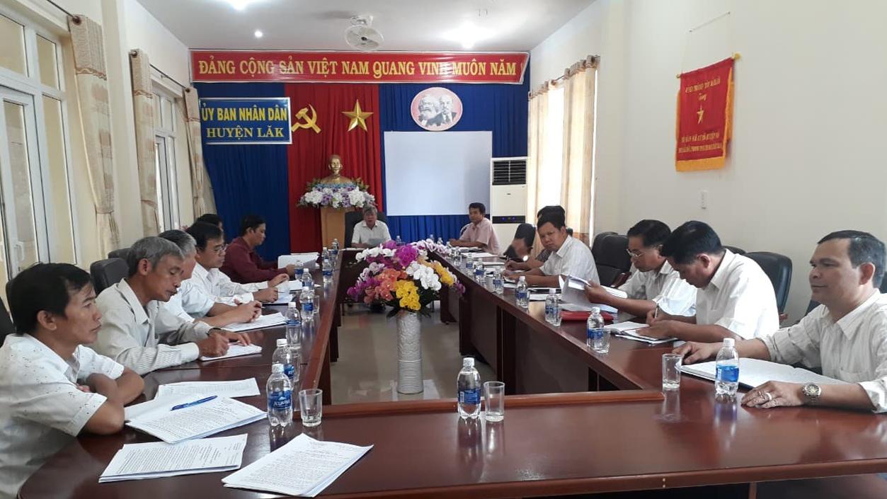 Ban đại diện Hội đồng quản trị Ngân hàng Chính sách xã hội huyện Lắk họp đánh giá tình hình, kết quả hoạt động quý III năm 2018