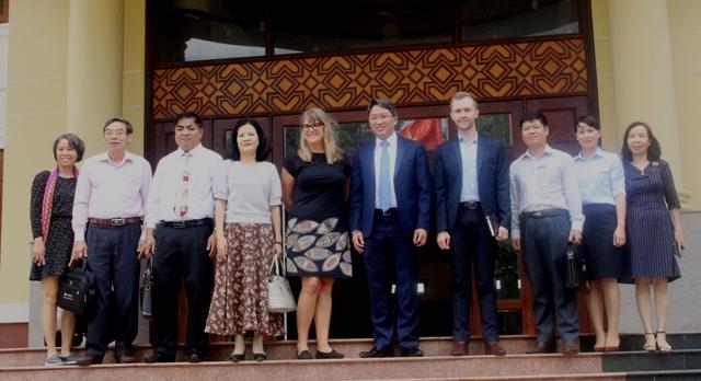 Tổng Lãnh sự quán Úc tại TP. Hồ Chí Minh đến thăm và làm việc tại Đắk Lắk