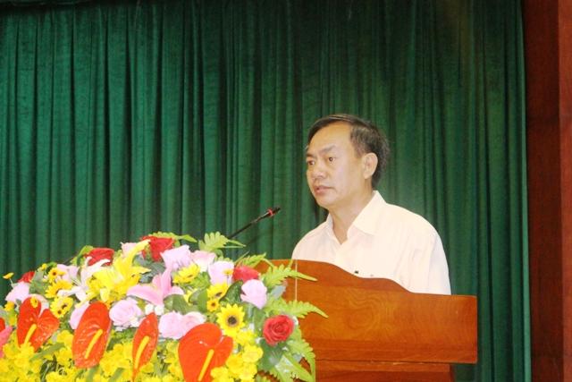 Lãnh đạo Sở Công Thương thông qua quyền lợi tài trợ đến các doanh nghiệp