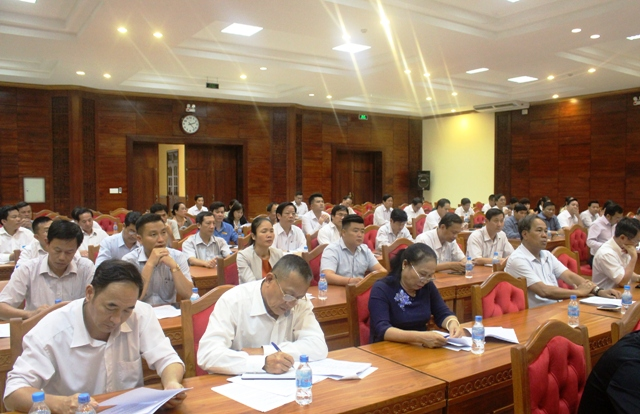 Các đại biểu tham dự buổi gặp mặt