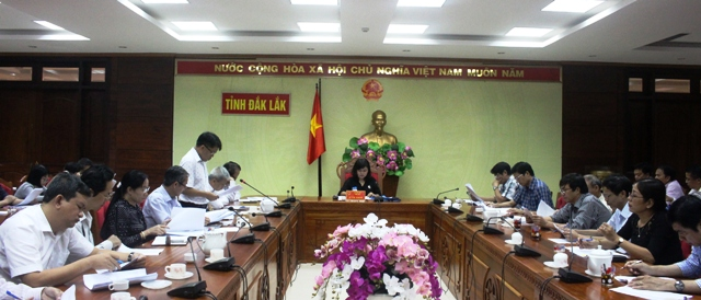 Các đại biểu tham dự cuộc họp