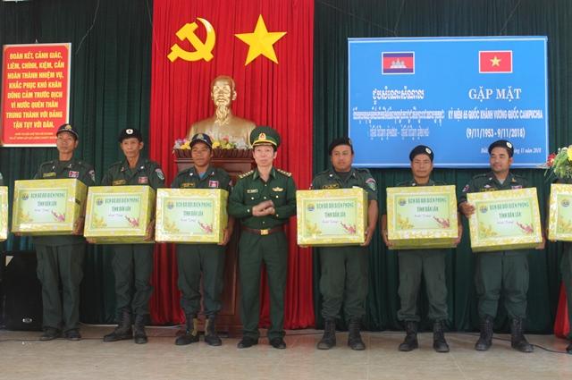 Gặp mặt các Đồn, Chốt thuộc lực lượng bảo vệ biên giới tỉnh Mondulkiri, Vương quốc Campuchia