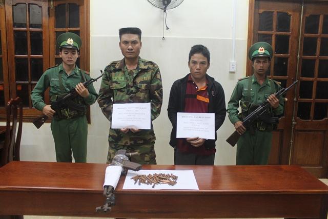 Khởi tố vụ án tàng trữ trái phép vũ khí quân dụng