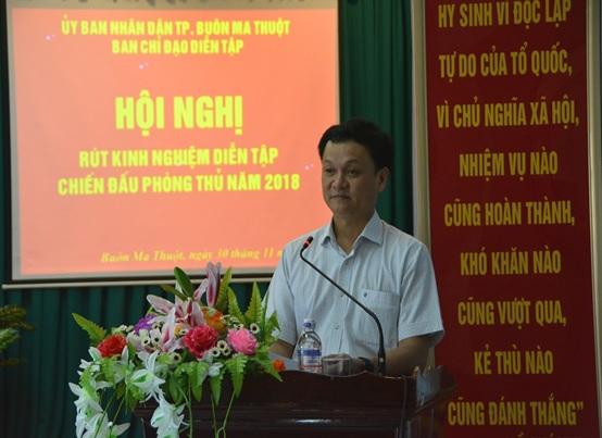 Đồng chí Vũ Văn Hưng, Phó Chủ tịch UBND thành phố, Trưởng Ban Chỉ đạo diễn tập phát biểu tại Hội nghị
