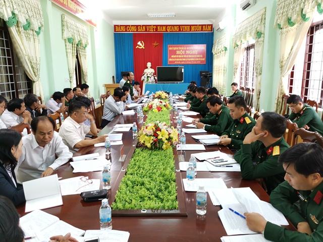 Thường trực Đảng ủy Bộ Chỉ huy Quân sự tỉnh Đắk Lắk làm việc với Ban Thường vụ Huyện ủy M'Đrắk