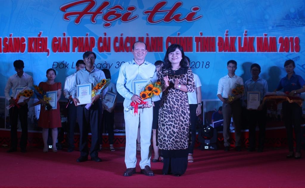 Cục Thuế tỉnh đạt giải Nhất Hội thi tìm kiếm sáng kiến, giải pháp cải cách hành chính tỉnh Đắk Lắk năm 2018