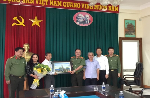 Thượng tướng Nguyễn Văn Thành thăm và làm việc tại BHXH tỉnh Đắk Lắk
