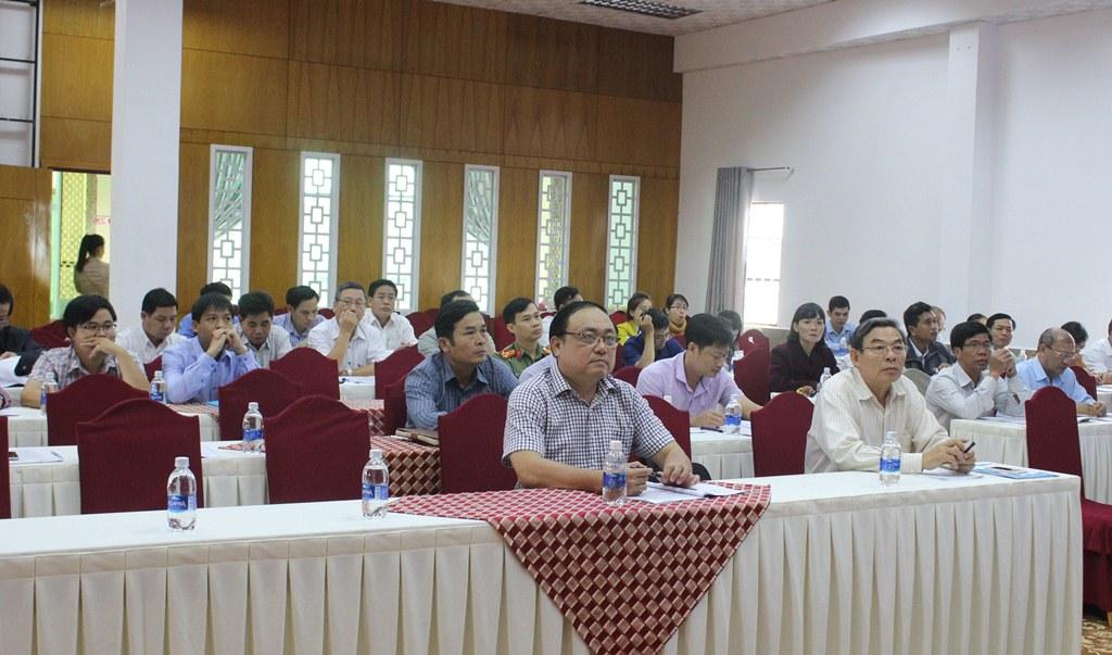 Hội thảo góp ý báo cáo giữa kỳ Chương trình mục tiêu quốc gia xây dựng nông thôn mới
