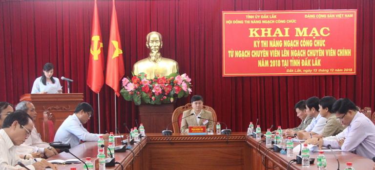Khai mạc Kỳ thi Nâng ngạch công chức cơ quan Đảng, Mặt trận Tổ quốc và các đoàn thể chính trị - xã hội năm 2018.