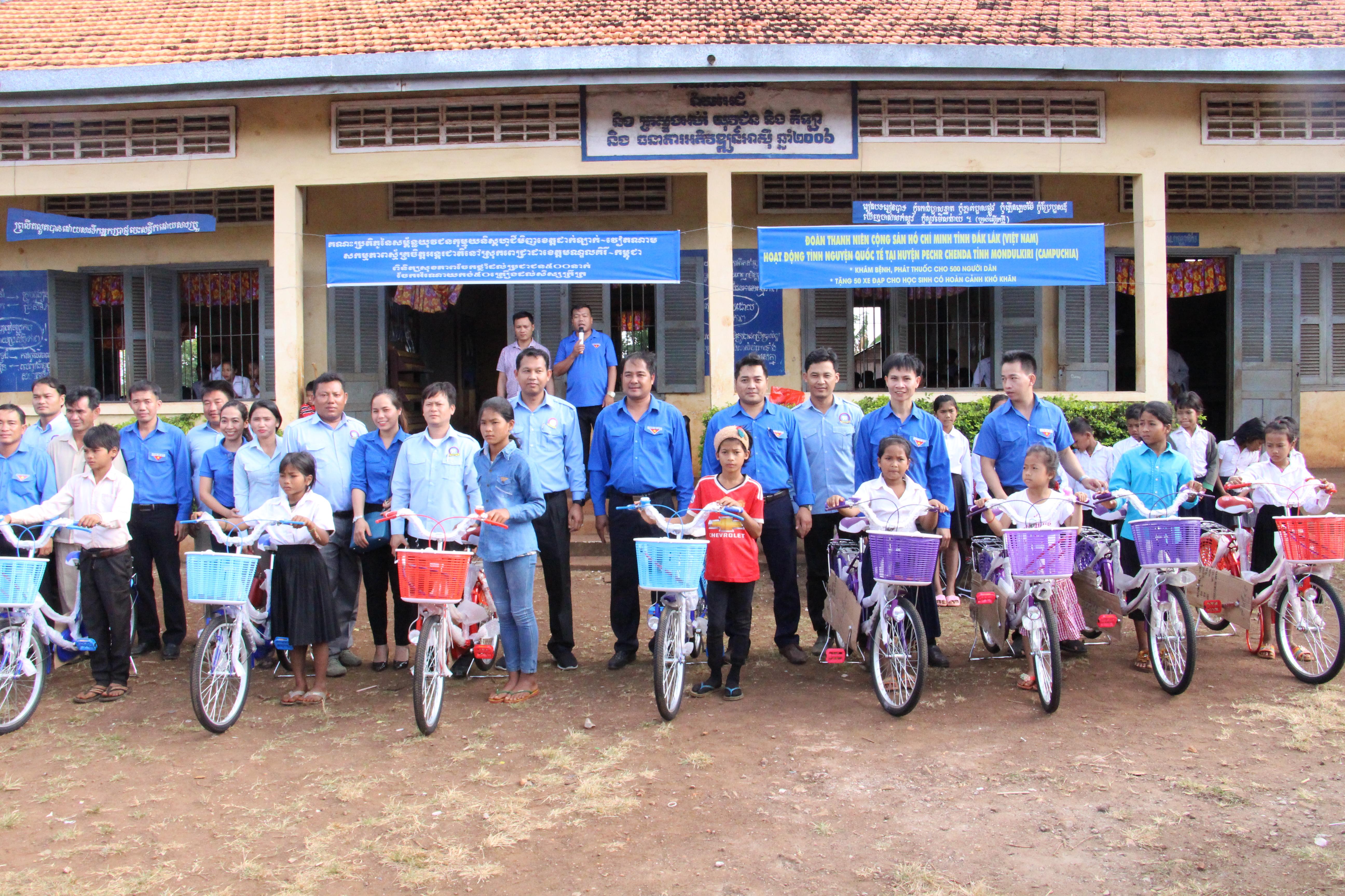 Tỉnh đoàn Đắk Lắk tổ chức hoạt động tình nguyện quốc tế tại tỉnh Mondulkiri – Vương quốc Campuchia