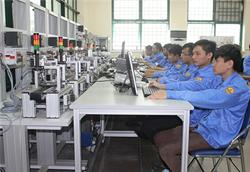 Tiêu chí xác định chương trình chất lượng cao trình độ trung cấp, cao đẳng nghề