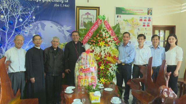 Công an tỉnh Đắk Lắk thăm, chúc mừng Giáng sinh các cơ sở tôn giáo
