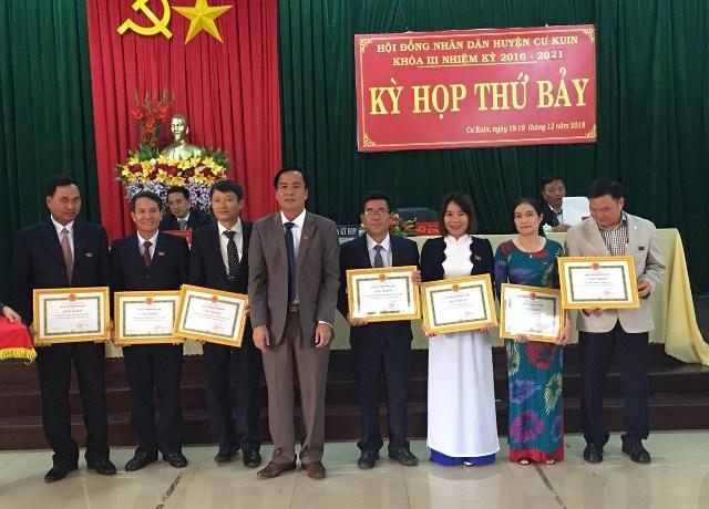 HĐND huyện Cư Kuin đã tổ chức kỳ họp thứ bảy, khóa III, nhiệm kỳ 2016-2021
