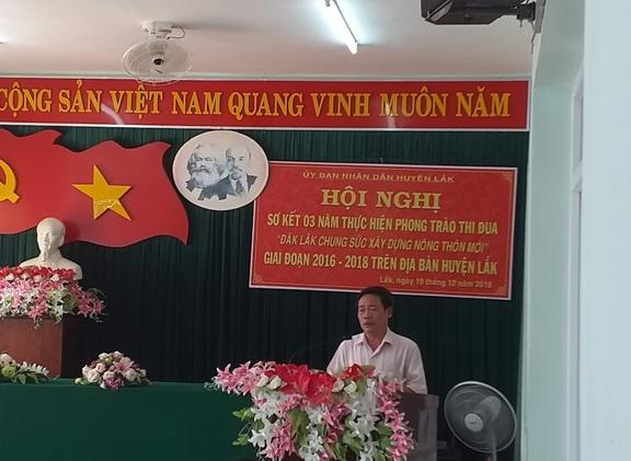 """Huyện Lắk sơ kết 03 năm thực hiện phong trào thi đua  """"Đắk Lắk chung sức xây dựng nông thôn mới"""""""