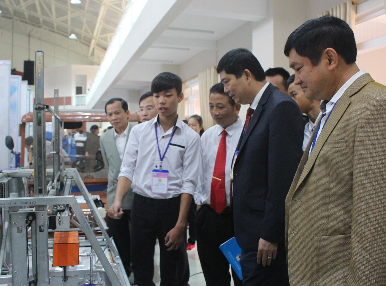 138 sản phẩm, dự án tham dự Cuộc thi khoa học, kỹ thuật dành cho học sinh trung học tỉnh Đắk Lắk năm học 2018-2019
