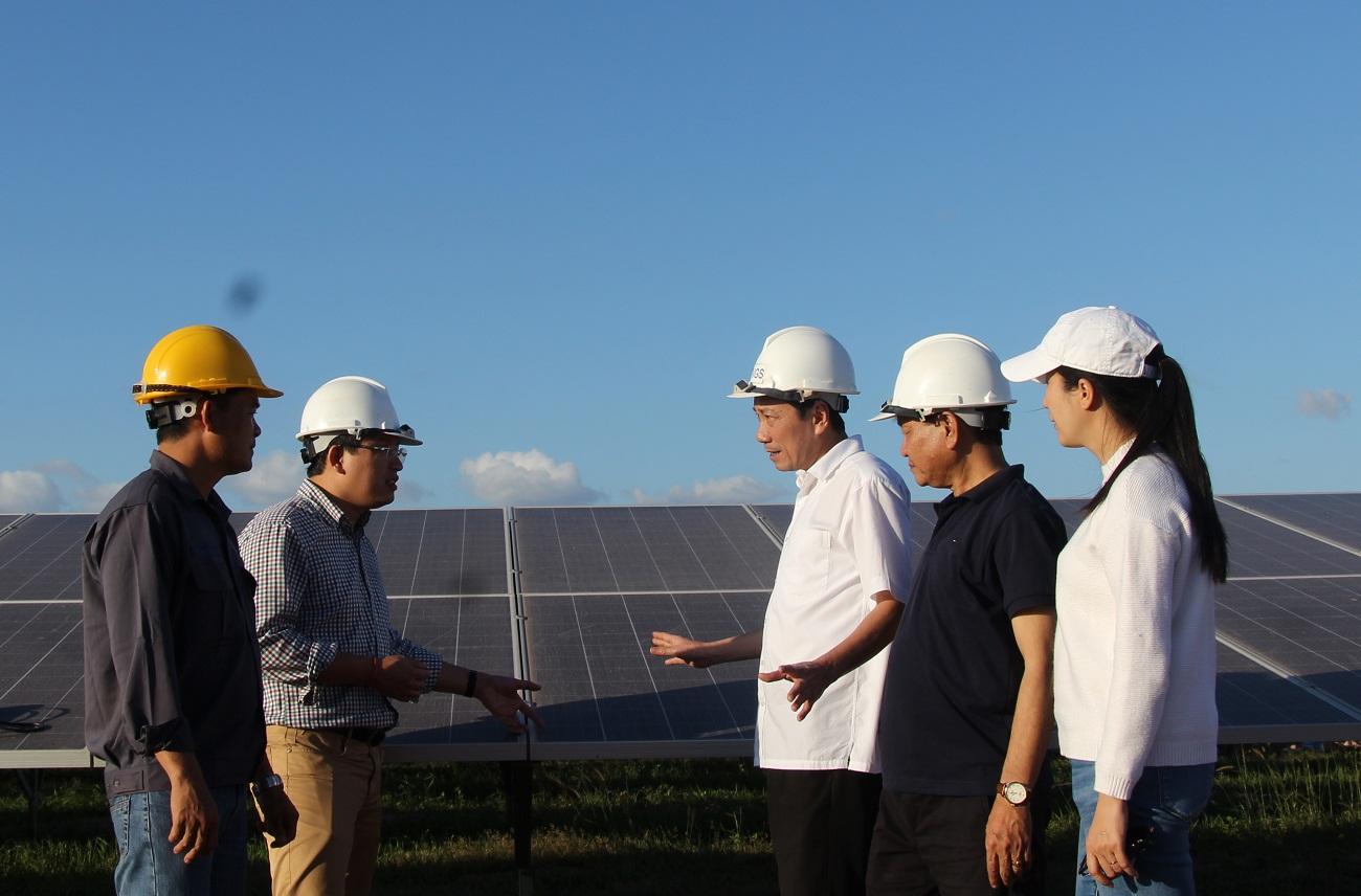 Lãnh đạo tỉnh kiểm tra tình hình triển khai Dự án Nhà máy Điện mặt trời Srêpôk 1