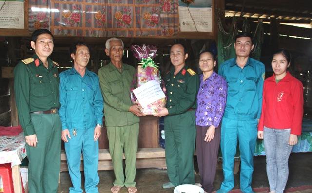 Ban Chỉ huy Quân sự huyện M'Đrắk: Tổ chức các hoạt động Kỷ niệm 40 năm Ngày chiến thắng chiến tranh bảo vệ biên giới Tây Nam của Tổ quốc.