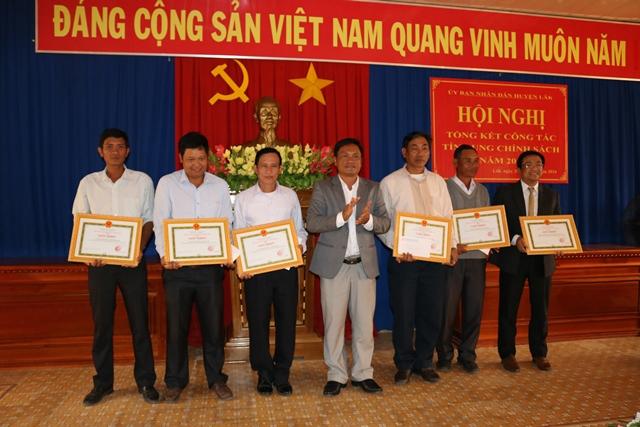 Huyện Lắk tổng kết công tác tín dụng chính sách năm 2015