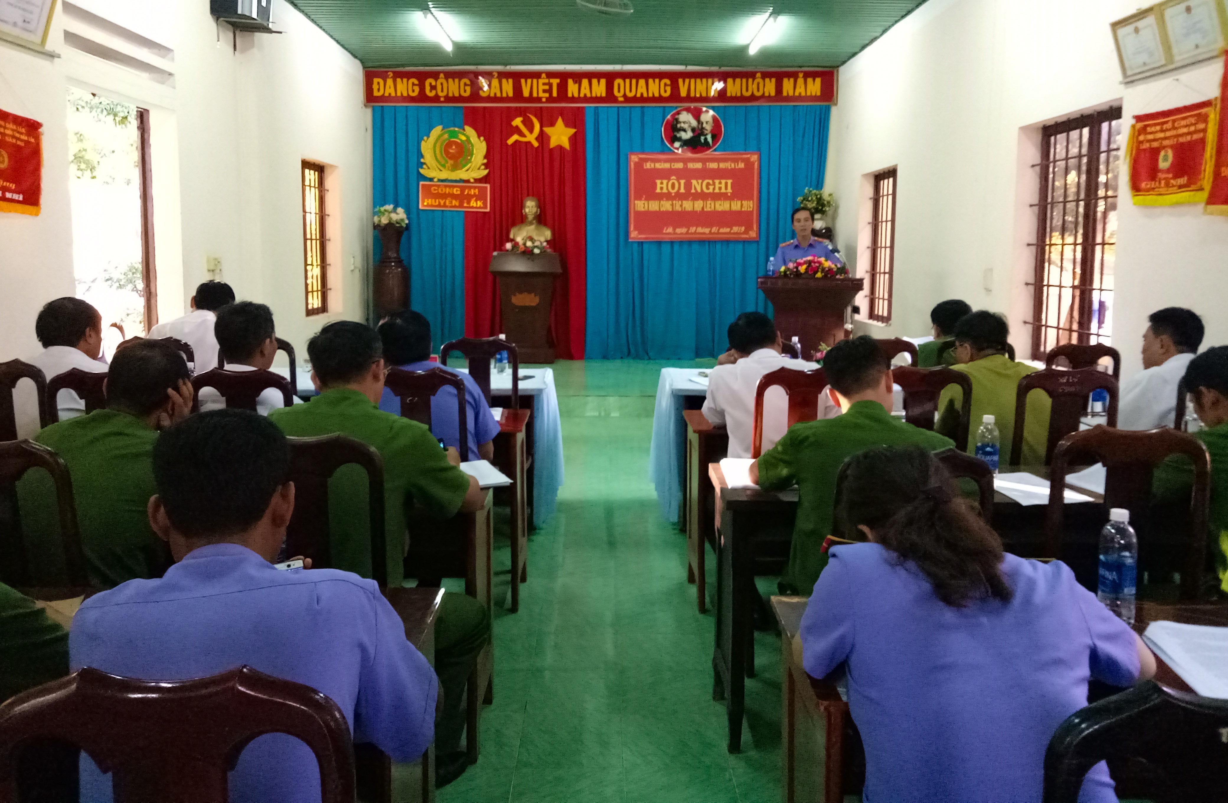 Hội nghị tổng kết công tác phối hợp liên ngành Công an- Viện KSND - TAND huyện Lắk năm 2018