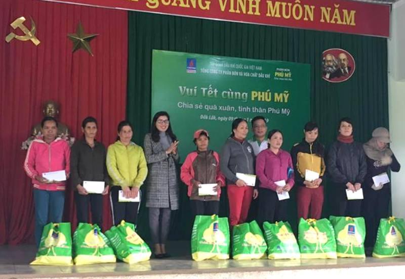 Đắk Lắk: Nhiều hoạt động chăm lo Tết cho người nghèo