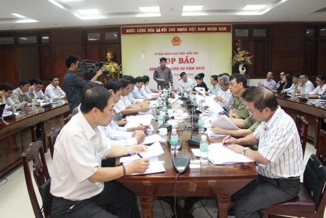 Hội nghị Giao ban báo chí và Họp báo định kỳ tháng 02/2016.