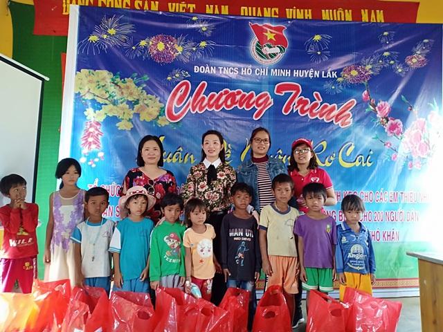 Huyện Lắk: Chương trình Xuân về Buôn Rơ Cai năm 2019