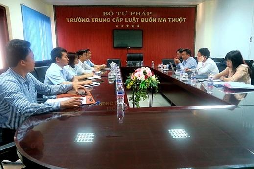 Triển khai công tác thành lập Phân hiệu Trường Đại học Luật Hà Nội tại Đắk Lắk