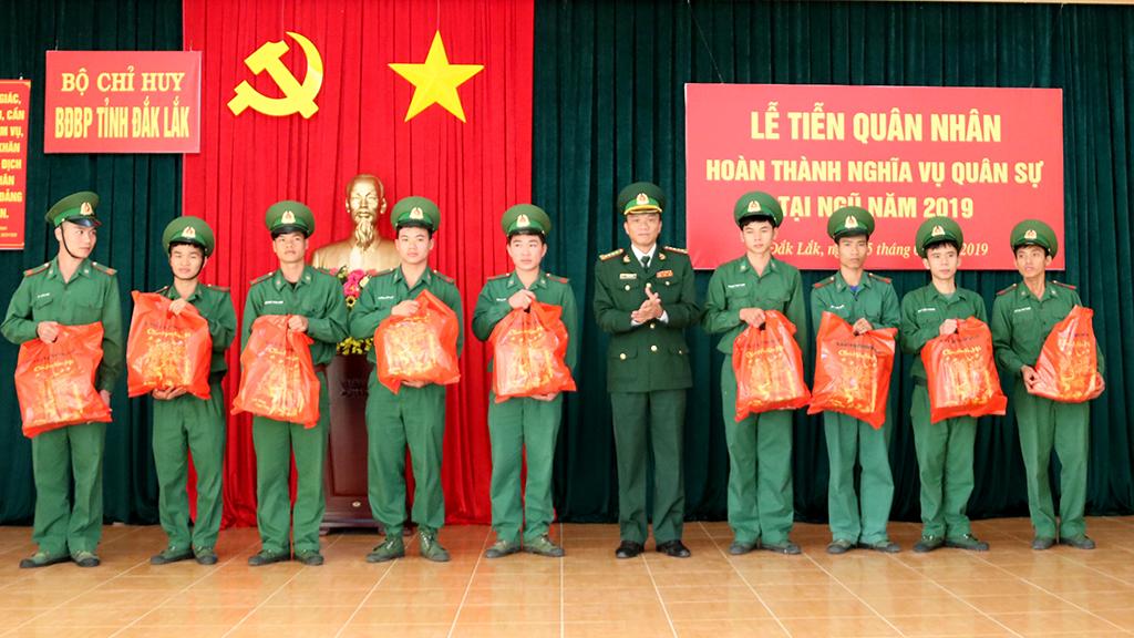Bộ đội Biên phòng tỉnh tiễn 66 quân nhân hoàn thành nghĩa vụ quân sự tại ngũ