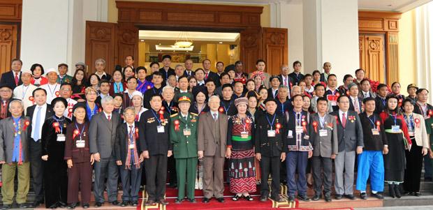 Thành lập Ban Chỉ đạo và phân công Cơ quan Thường trực Đại hội đại biểu DTTS cấp tỉnh lần thứ III.