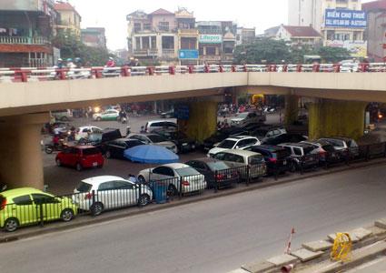 Xử lý nghiêm hành vi sử dụng trái phép gầm cầu đường bộ