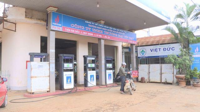 Xử lý một doanh nghiệp huyện Cư Kuin bán xăng kém chất lượng