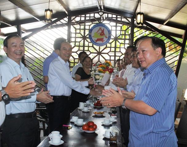 Hội Doanh nhân trẻ tỉnh Đắk Lắk ra mắt Chủ tịch danh dự
