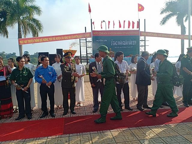 Huyện Lắk: 129 tân binh lên đường nhập ngũ năm 2019