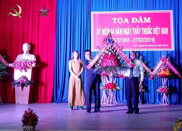Ngành Y tế huyện Lắk kỷ niệm 64 năm Ngày Thầy thuốc Việt Nam 27/2