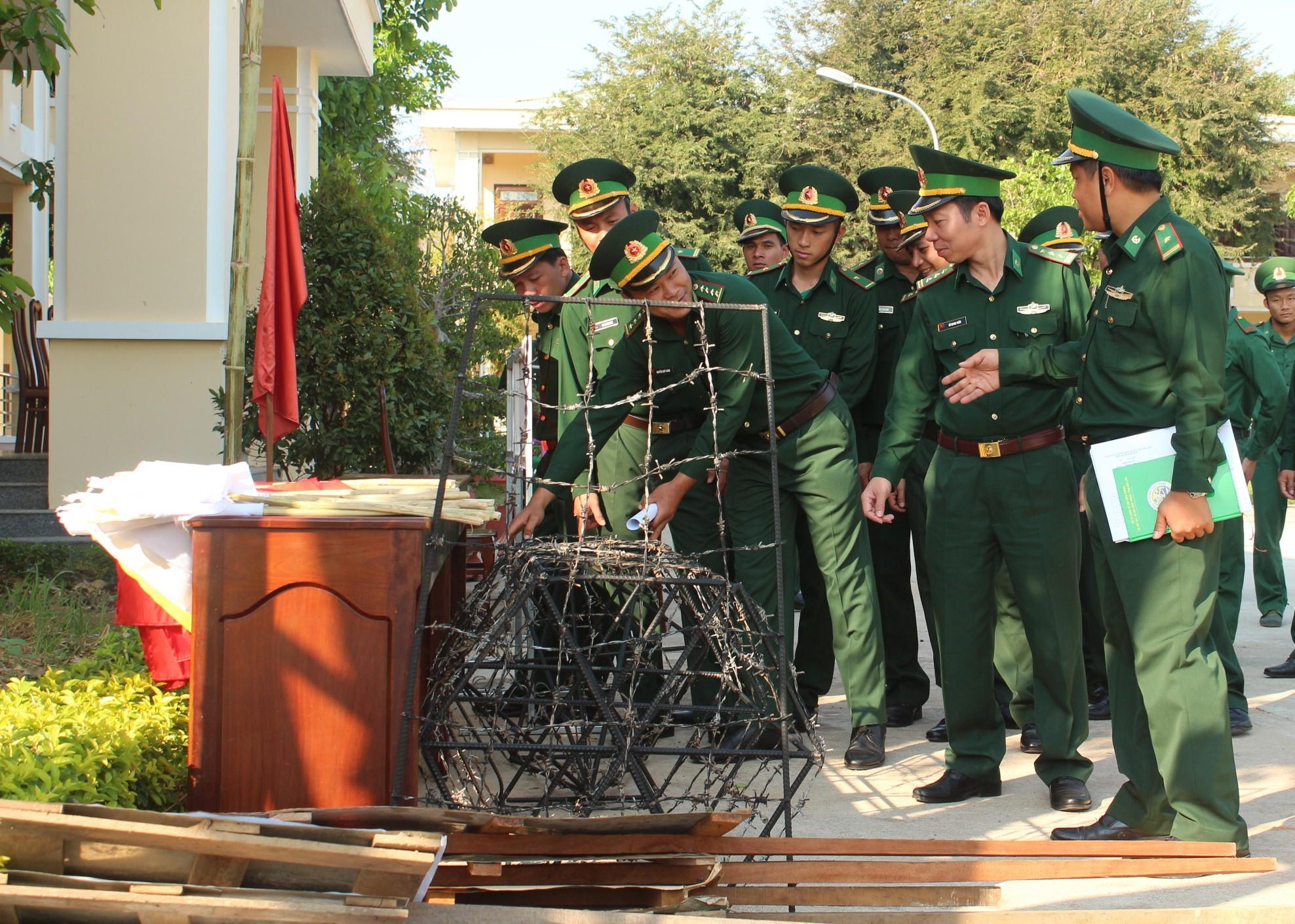 Đồn Biên phòng Cửa khẩu Đắk Ruê ra quân huấn luyện