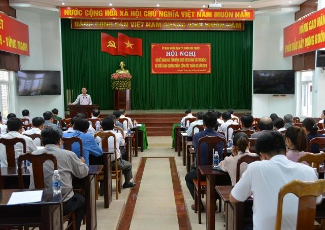 UBND thành phố Buôn Ma Thuột: Hội nghị đánh giá tình hình thực hiện công tác tháng 2 và triển khai chương trình kế hoạch tháng 3 năm 2019