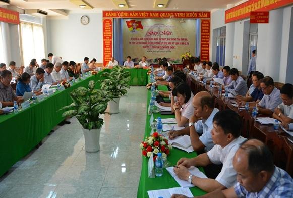 Thành ủy Buôn Ma Thuột lấy ý kiến đối với dự thảo Đề án phát triển thành phố Buôn Ma Thuột thành đô thị Trung tâm vùng Tây Nguyên