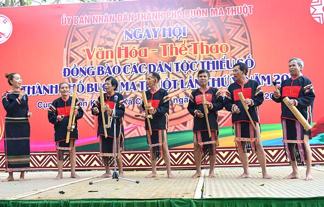 Định hướng chiến lược xây dựng và phát triển thành phố Buôn Ma Thuột thành đô thị trung tâm vùng Tây Nguyên
