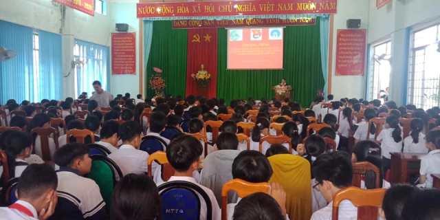 Truyền thông giáo dục kỹ năng sống, chăm sóc sức khỏe sinh sản vị thành niên, phòng chống xâm hại tình dục trẻ em tại huyện Ea Kar