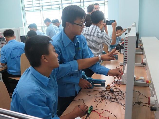 Tiếp tục đổi mới và nâng cao chất lượng giáo dục nghề nghiệp đến năm 2021 và định hướng đến năm 2030