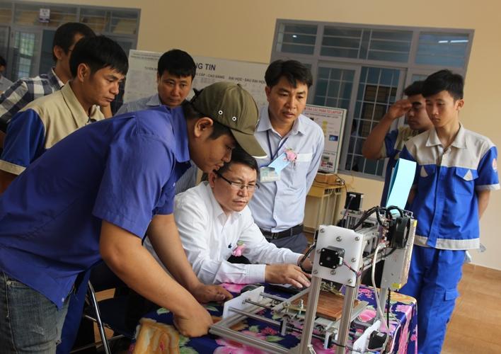 Hội thi thiết bị đào tạo tự làm cấp trường năm học 2018-2019